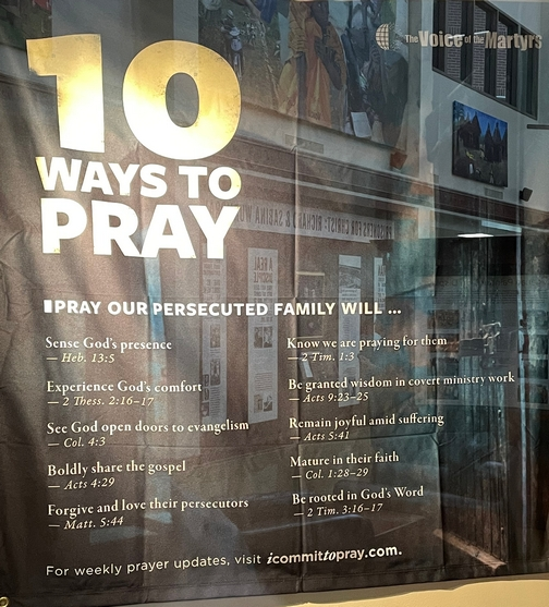 10 ways to prayer for the persecuted