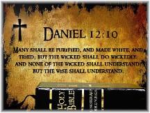 Daniel 12:10