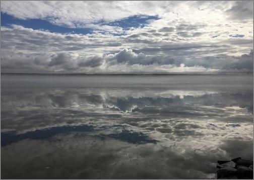 Cayuga Lake sunrise (Tom March)