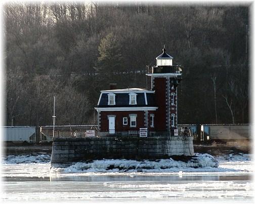 Hudson-Athens Lighthouse NY (photo by Greg Schneider)