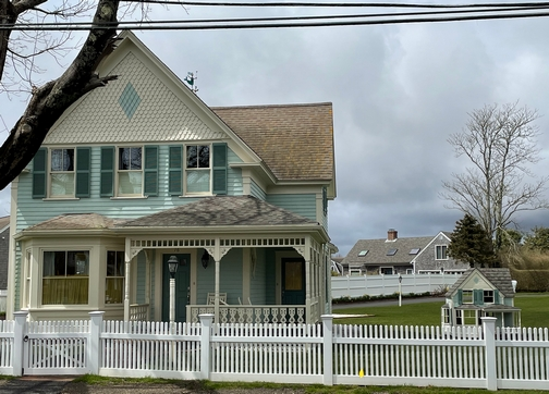 Matching dollhouse in Chatham, MA