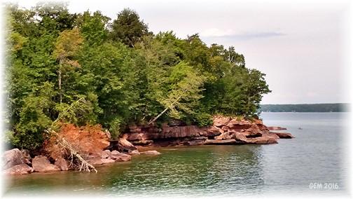 Lake Superior shoreline (Georgia McKelvey)