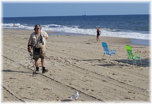 Rehoboth Beach DE treasure seeker 9/25/17