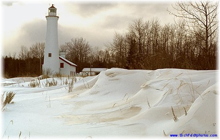 Sturgeon Point Lighthouse (photo by Harold Blichfeldt)