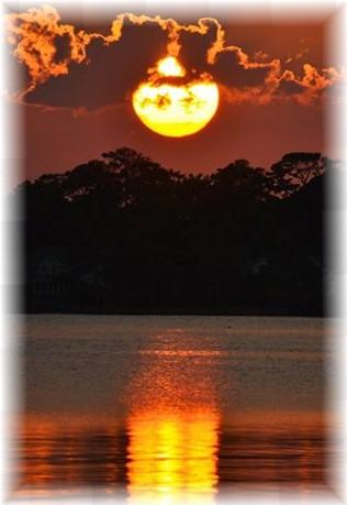 Kitty Hawk, NC sunset (Photo by Doug Maxwell)