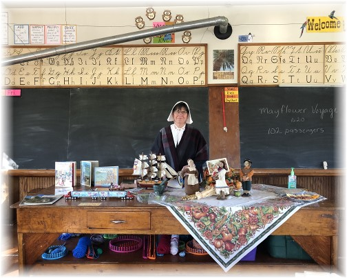 Brooksyne with historical demonstration in a one room school 11/17/17 (click to enlarge)