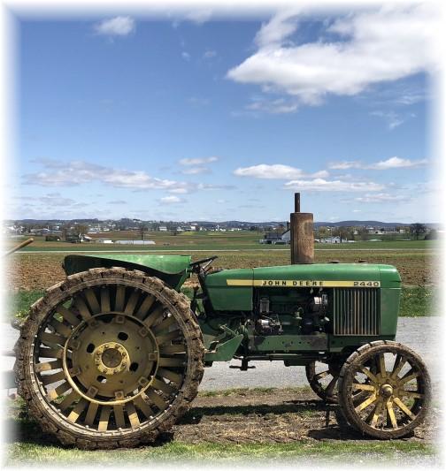 Steel-wheeled tractor 4/26/18