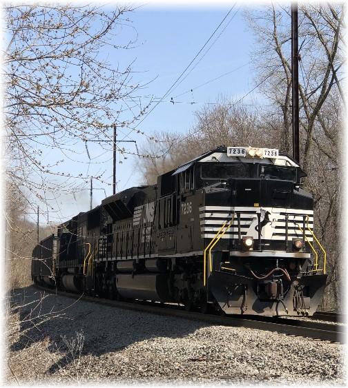 Train in Marietta PA 4/13/18