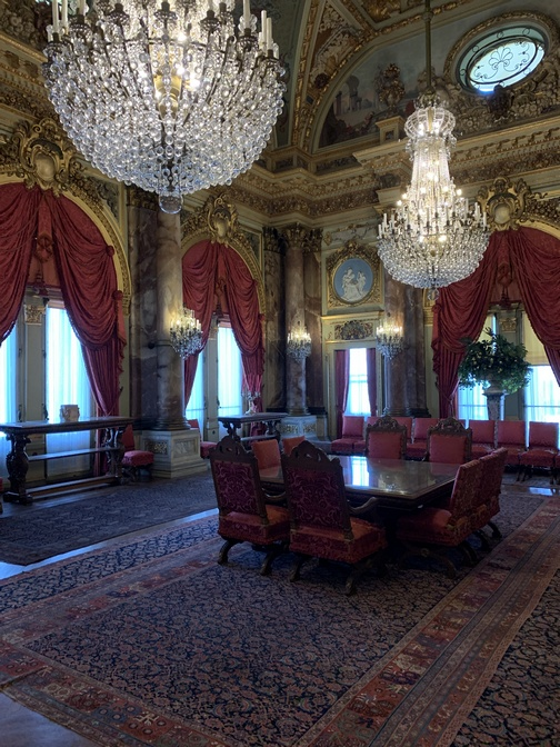 The Breakers dining room