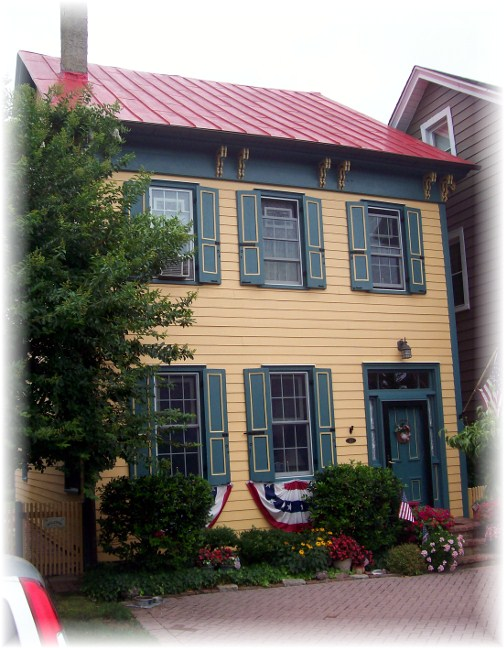 Colonial home in Lewes Delaware