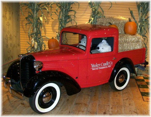 Truck at Yankee Candle flagship store, South Deerfield, Massachusetts