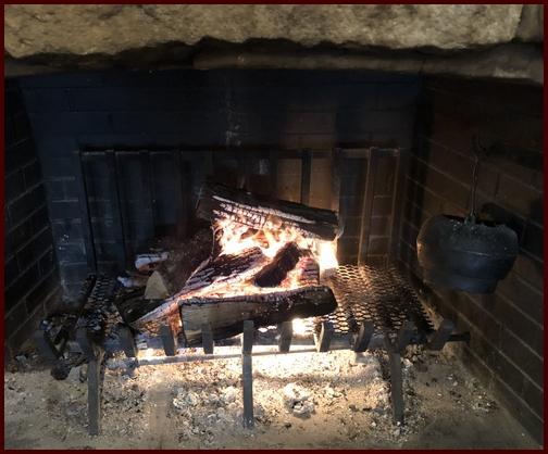 Cracker Barrel fireplace 1/3/19