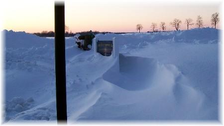Snow drift tunnel 2/11/10